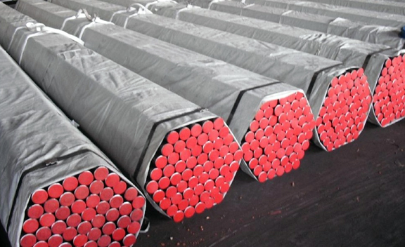 Packing Of IS 1239 YST 310 Seamless Pipe